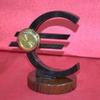 Знак евро обсидиан Ч-039