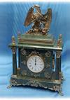 Часы из мрамора с фигурой орла  Ч-001